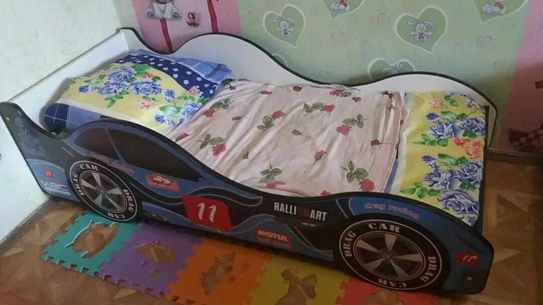 Детская кровать - машина Нью-Йорк без запаха