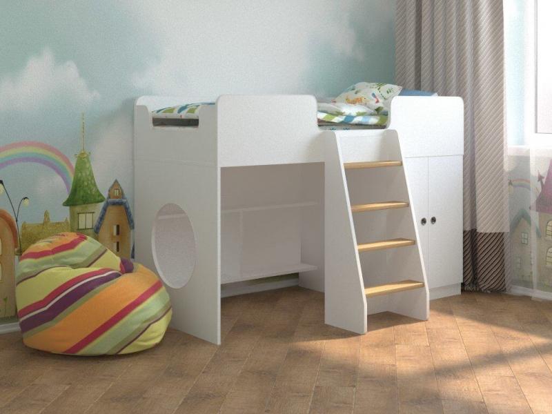 Кровать чердак Белая с кокосовым беспружинным матрасом в комплекте по отличной цене