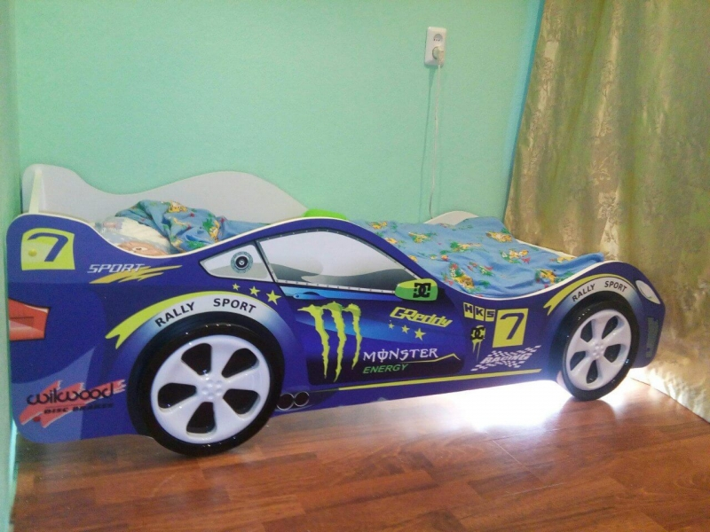 Кровать-машина детская синяя МОЛНИЯ по отличной цене